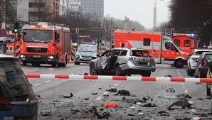Almanya'da patlama! Ölüler var…