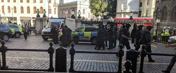 Londra'da bomba alarmı: 1 gözaltı