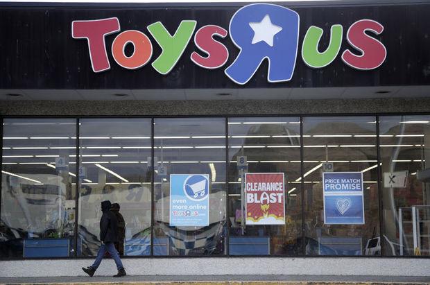"""Toys """"R"""" Us tamamen kapanıyor"""