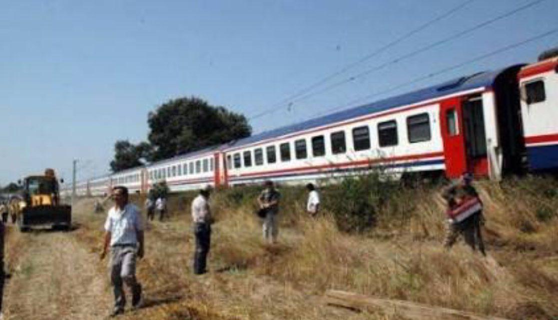 Tekirdağ'da tren kazası: Bazı vagonlar raydan çıktı