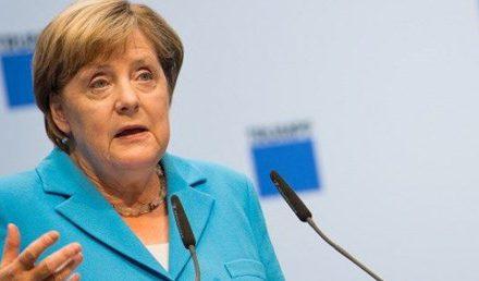 Angela Merkel'den Türkiye açıklaması