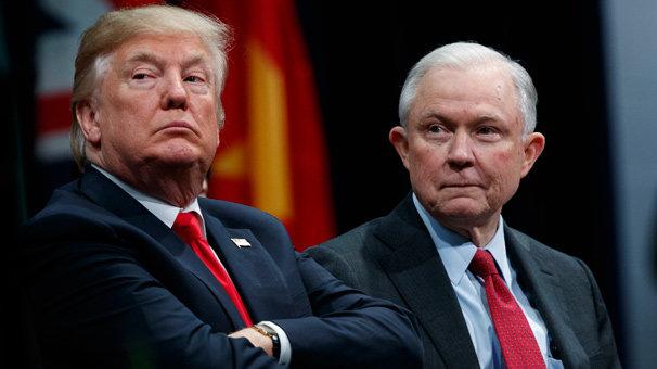Trump'ın bakanıyla kavgası sürüyor! Köşeye sıkıştı
