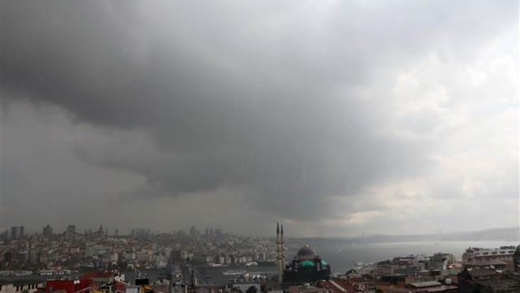Meteoroloji'den İstanbul'a 'mevzi sağanak yağış' uyarısı