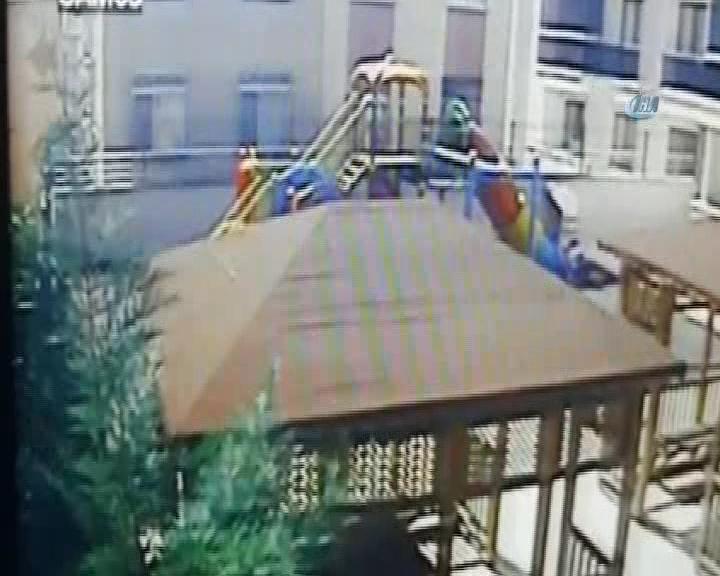 Pendik'te parkta oynayan çocuklara ateş açtı