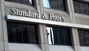 Standard & Poor's, Türkiye'nin Kredi Notunu Düşürdü