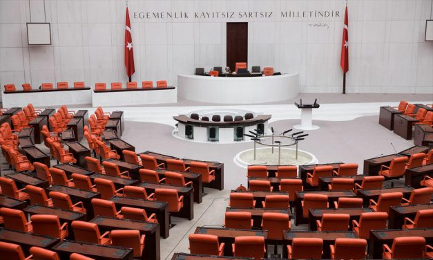 Meclis yarın açılıyor