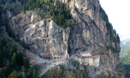 Sümela Manastırı 3 yıl sonra kısmen ziyarete açılıyor