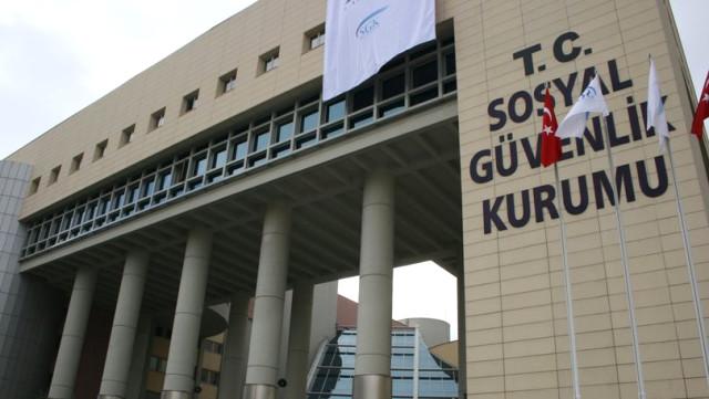 SGK'nın Bankaya Yatırdığı Paraları Almak İçin Hak Sahiplerinin 5 Yıl Süresi Bulunuyor