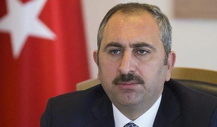 """Adalet Bakanı Gül'den, Danıştay'ın """"Öğrenci Andı"""" kararıyla ilgili açıklama"""