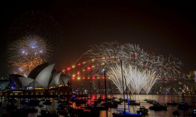 """2019'a ilk """"merhaba"""" diyen ülke Yeni Zelanda oldu"""