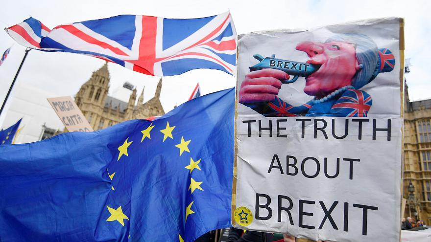 İngiltere'de tarihi Brexit oylaması: 202'ye karşı 432 oyla reddedildi