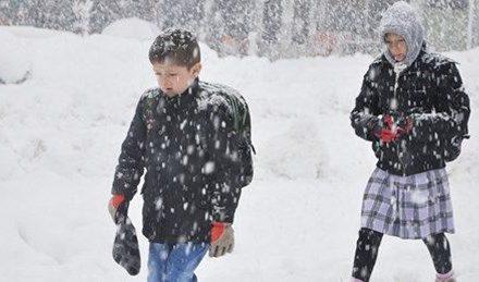 9 Ocak Çarşamba Yarın okullar tatil mi? İşte kar yağışı nedeniyle eğitime bir gün ara verilen iller