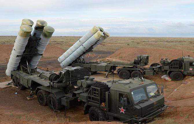 Çavuşoğlu: S-400'ler bitmiş bir anlaşmadır