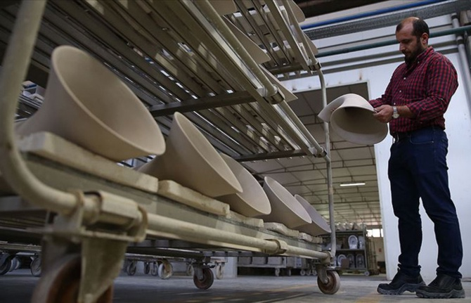 Türkiye'den 6 kıtaya 572 milyon dolarlık seramik ihracatı