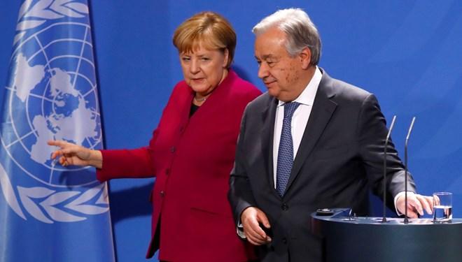 Almanya Başbakanı Merkel: Suriye'de siyasi değişime ihtiyacımız var