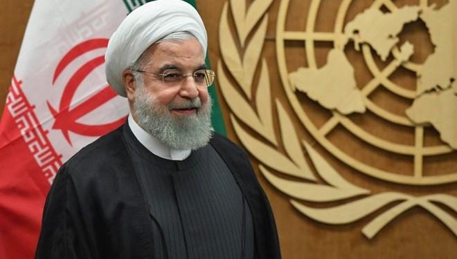 Ruhani: Nükleer anlaşmada kalırsak İran'a silah ambargosu gelecek yıl kalkacak