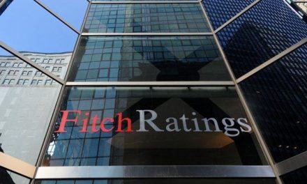 Fitch 20 Türk bankasının görünümünü durağana yükseltti