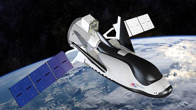 Türk çiftin uzay aracı Ay'a gidecek