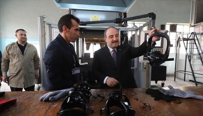 Bakan Varank: N95, N99 gibi maskelerin üretimi için hazırlık yapılıyor