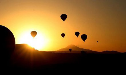 2 milyon turist Kapadokya'yı gökyüzünden izledi