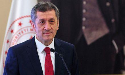 Milli Eğitim Bakanı Ziya Selçuk'tan okulların açılışıyla ilgili açıklama