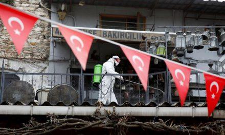 Türkiye'de Corona virüsten 24 saatte 115 can kaybı