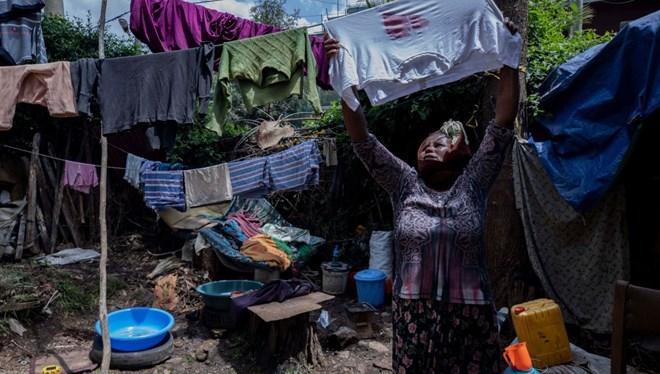 Pandemi en yoksulları vurdu: Corona virüs 100 milyon yoksul yarattı