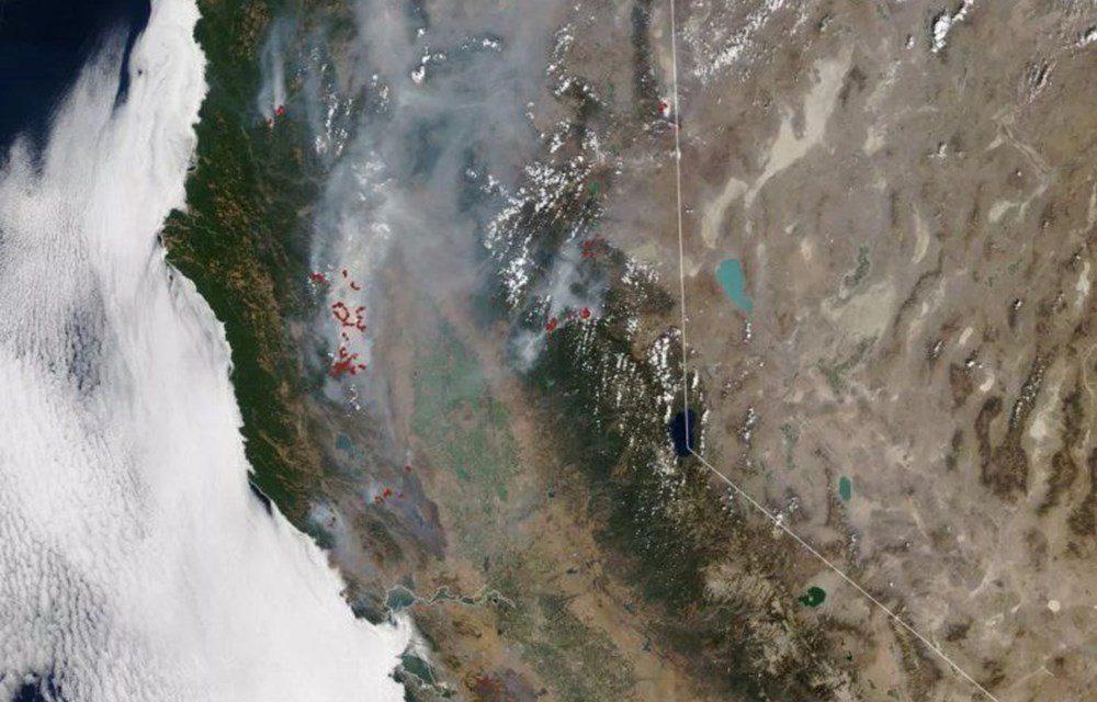 NASA Trump'ın 'büyük felaket' ilan ettiği yangınların uydu görüntülerini yayınladı