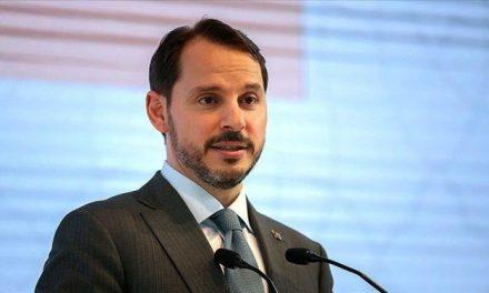 Hazine ve Maliye Bakanı Berat Albayrak, AK Parti milletvekillerine ekonomideki gelişmeleri anlattı