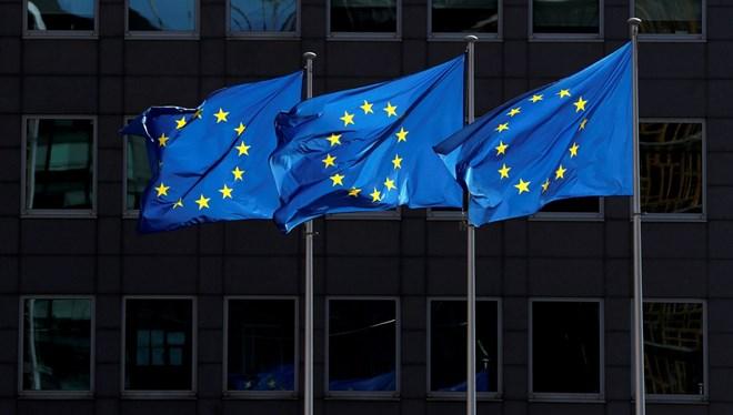 1,8 trilyon euroluk AB bütçesi ve kurtarma programına veto
