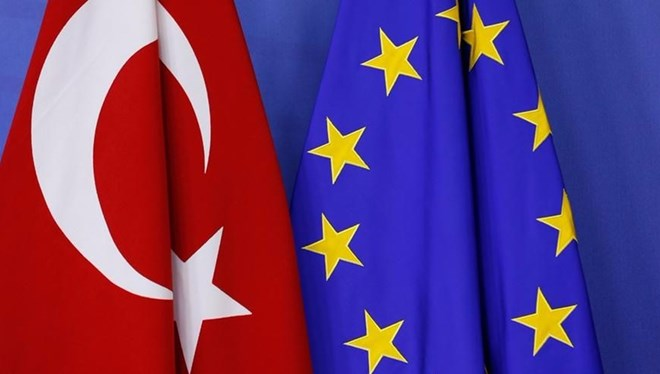 Reuters'ın haberine göre Avrupa Birliği, Türkiye Petrolleri Anonim Ortaklığı'ndaki (TPAO) üst düzey yöneticileri kara listeye alma planlarını askıya aldı.